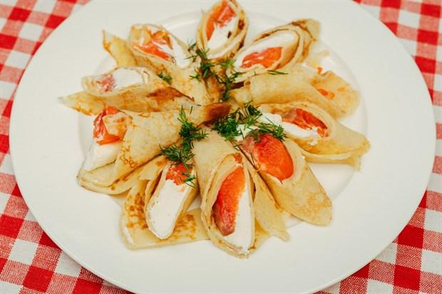 Блинчики с лососем и сыром - фото 4590